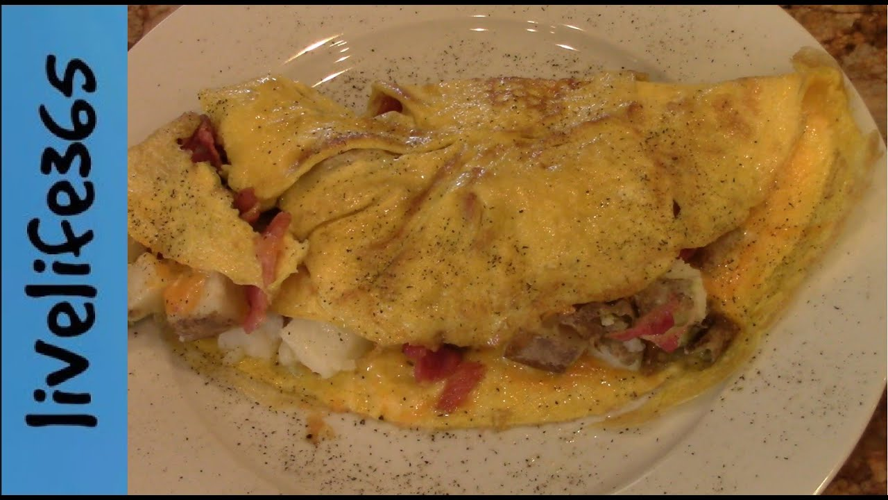 How to...Make a Killer Bacon, Potato & Cheese Omelette