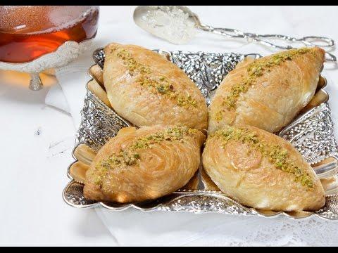 شعيبيات-بالقشطة-حلوى-شرقية-مورقة-chaabiyat-croissants-arabes-feuilletés-farcis