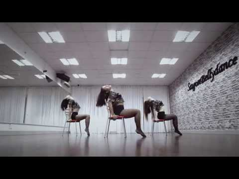 DANCE ★ HOT GIRLS PERFORMANCE with CRAZY chair dance ★ SEXY