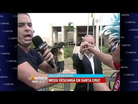 """humor:-ronico-cuéllar-intentado-convencer-al-""""guardia-argentino""""-para-poder-hablar-con-messi"""