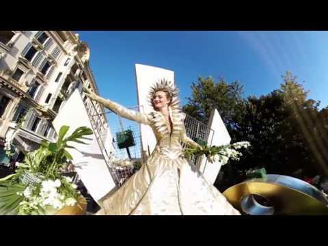 Carnaval de Nice 2017 - La bataille de fleurs en 360°