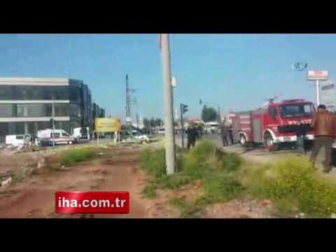 Mersinde polis aracına bombalı saldırı 2 yaralı
