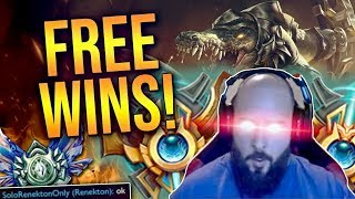 SoloRenektonOnly - [DAY 22] ENEMY TEAM THROWING? EASIER WINS FOR ME!!! [63 IQ ANNIHILATION]