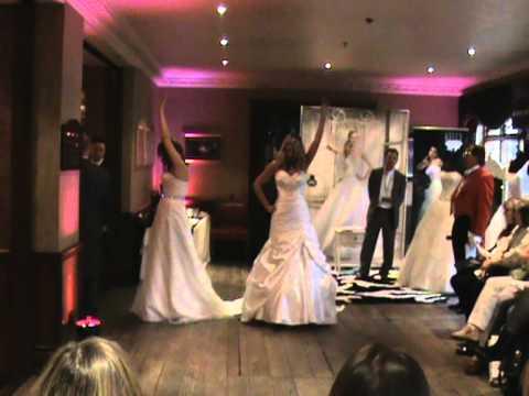 Dream Dress Bridal Catwalk 2011 - Part 1