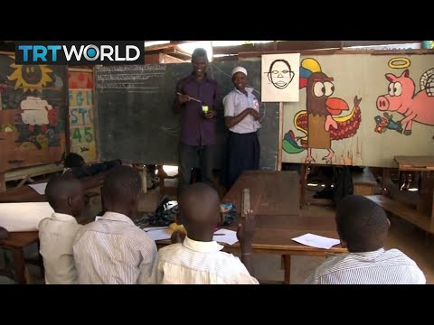 Art in Uganda: Street children find refuge in art classes