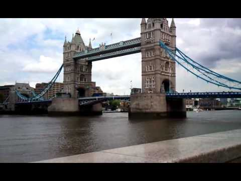 Tour of London Bridge
