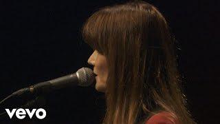 Carla Bruni - Quelqu'un m'a dit (à l'Olympia)