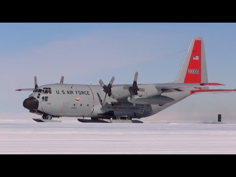 ANTARCTICA: Hercules C-130. US-Air Force. McMurdo to Casey Station
