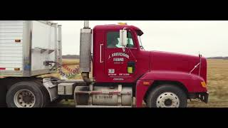 Awesome Video of the 2017 Corn Harvest John Deere 9770 & Cat MT765C & Kinze 1050 Grain Cart