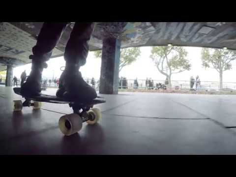 British Airways - 101 ways to break your newsfeed in London: No.47 Skate Southbank