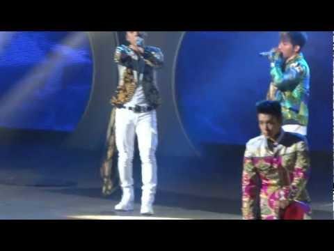 """Big Bang's """"Monster"""" Live"""