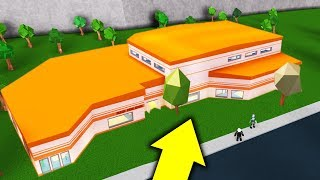 BUILDING JAILBREAK IN BLOXBURG!! | Roblox