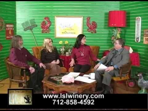 Estherville/Superior IA's own  Diane and Scott Benjamin on The Cocklebur Morning Show