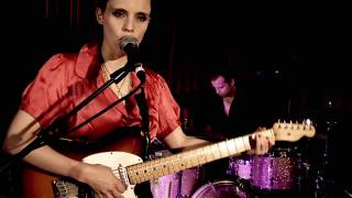 Watch Anna Calvi Jezebel video