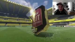 MONTHLY FIFA17 FUT CHAMPIONS REWARDS !! 44 TOTW PLAYERS & 1 LEGEND !!