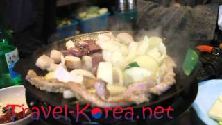 Eating Gop Chang - Cow and Pig Intestines - Korean Food in Seoul, Korea