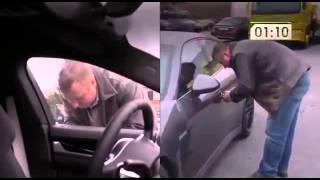 В Бельгии Porsche Panamera взломали за 10 секунд видео   Автомир   Автоновости   Авто(Новости в мире женской моды, автомира, дизайн интерера. Подписывайтесь на наш сайт. UCU9soJbyD2RTTHGCix-n8Wg., 2015-04-04T11:05:47.000Z)
