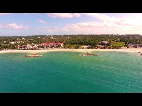 Saunders Beach. Nassau, Bahamas