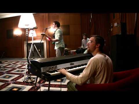 Theo Katzman + (((Love Massive))) (Diddle Locational S01E02)
