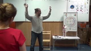 Фрагмент обучения на Базовом курсе Олега Птухина 'Даосский Цигун для всех'