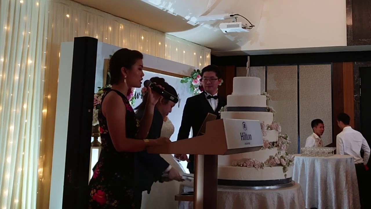 Myo People - Wedding Emcee Vivienne Wong