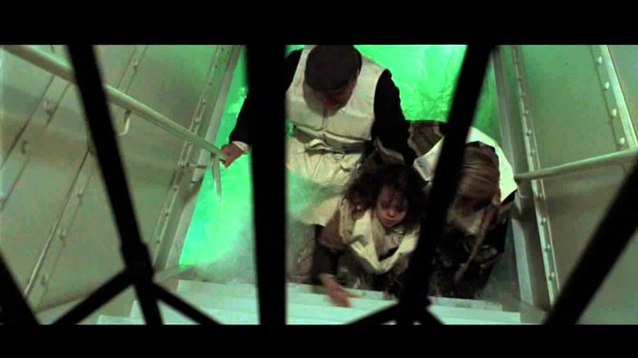 "TITANIC - escena 24 eliminada ""el destino de cora"" - YouTube"