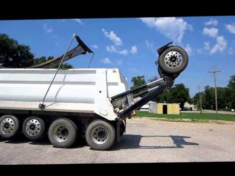 2004 Kenworth T800B Super 18 dump truck  Demo