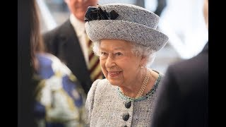 The Queen re-opens the National Army Museum in London