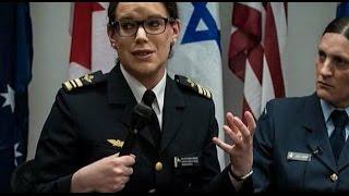 Транссексуалы просят Обаму отправить их в армию