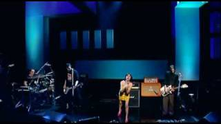 PJ Harvey... The Letter (Live)