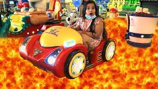 شفا تلعب في الملاهي ممتع Shafa have fun playing at the Indoor Playground for kids