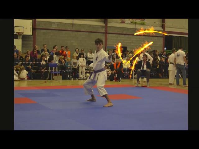 Karate in Hamme? Feesten? Zij kunnen dit zeker ook op hun manier!