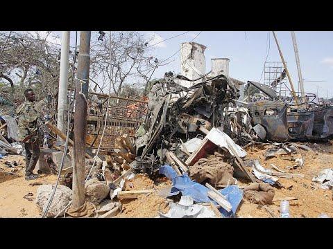 Atentado na capital da Somália faz dezenas mortos