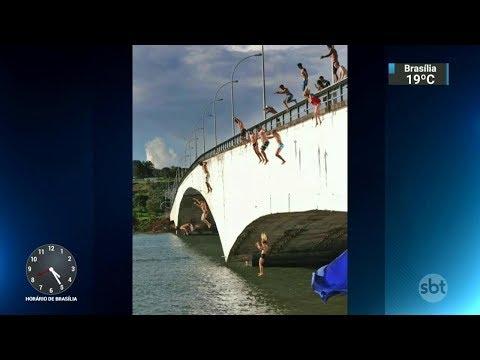 Grupo faz manobras arriscadas em locais públicos de Brasília   SBT Notícias (24/02/18)