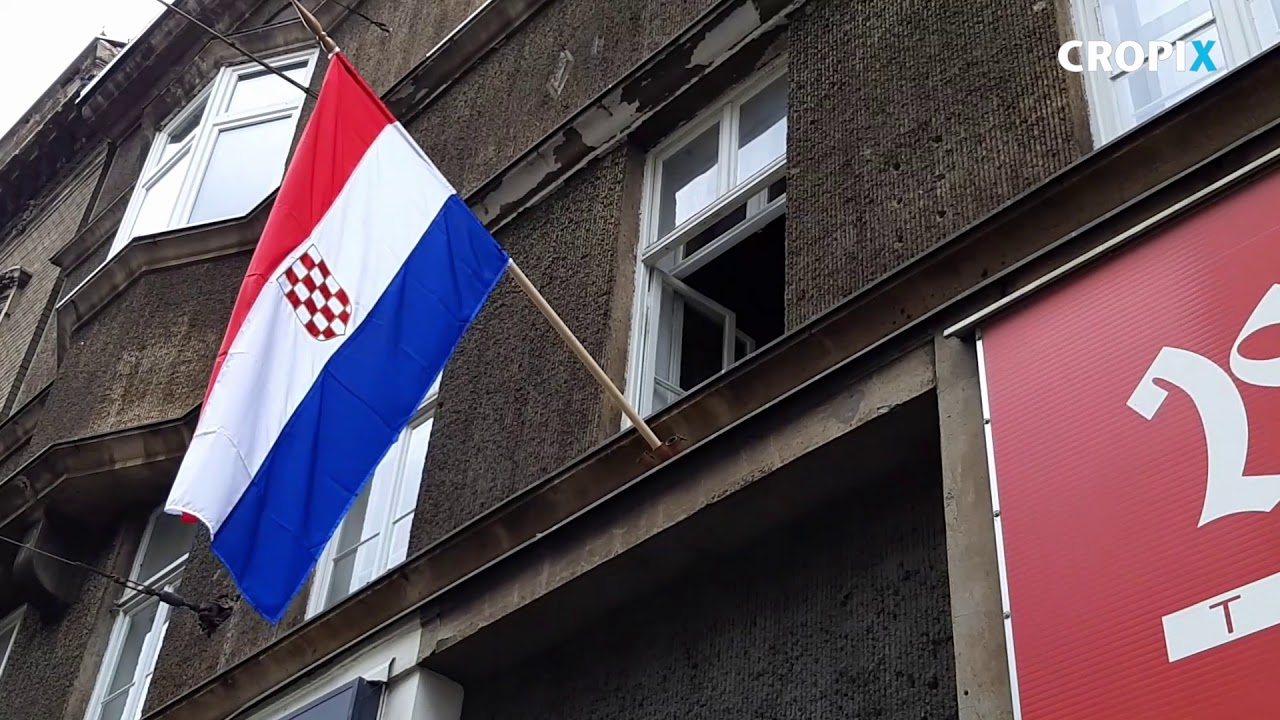 Sporna Zastava Na Zgradi Stranke Neovisni Za Hrvatsku