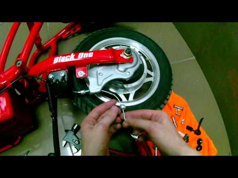 Disassembling electric kick scooter - Black One P600