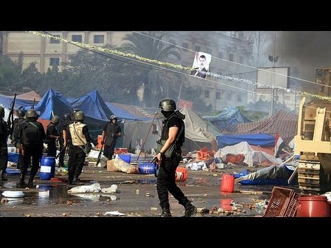 Deaths in Cairo as Egypt security forces clear pro-Mursi protest camps