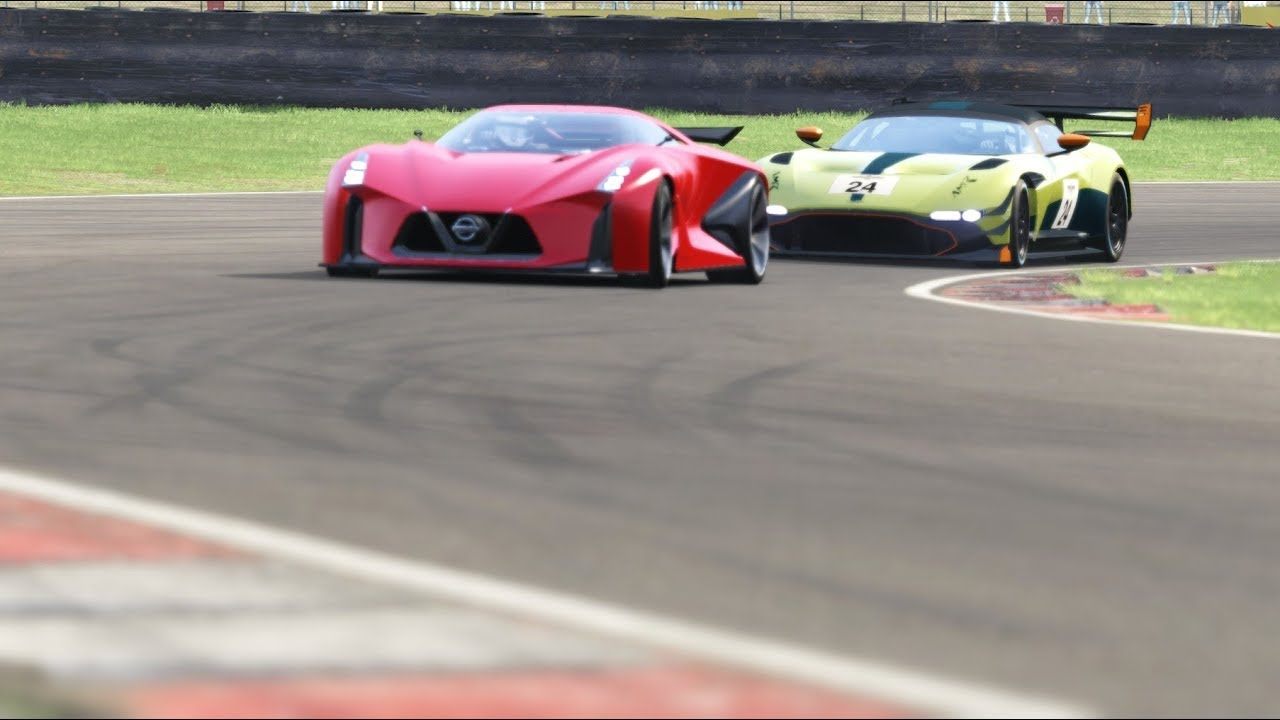 Aston Martin Vulcan Amr Pro Vs Nissan Concept 2020 Vision Gt At Brands Hatch Youtube