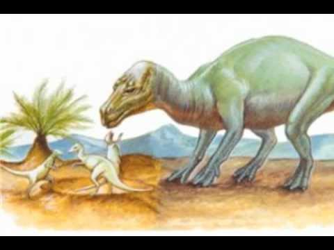 Maiasaura: Learn About Dinosaurs with World Book