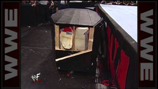 Kane vs. The Undertaker - Casket Match: Raw, October 19, 1998