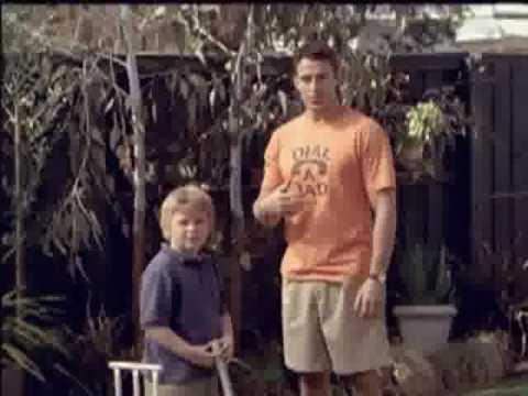 Funny Mitre 10 Australia ad - Dial A Dad