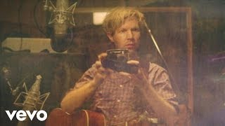 Watch Beck Country Down video