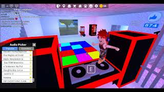 Roblox dale pa bailar eh eh 7w7