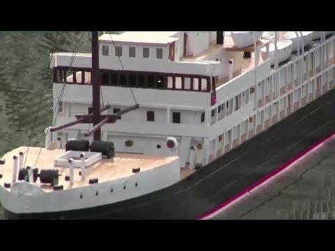RC Passagier Dampfschiff/passenger ship +underwater scenes steamship