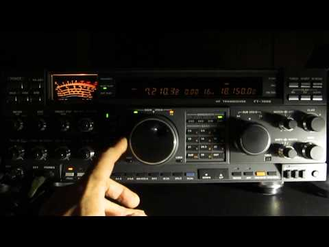Yaesu FT-1000D tuning around on 40 meters