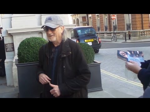 Deep Purple Roger Glover in London 17 11 2017