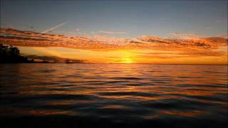 Beautiful Sunset 4 With Relaxing Waves (HD)