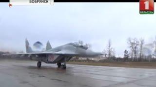 В Бобруйске у самолета МиГ-29 загорелся двигатель(ЧП произошло при выполнении плановых полетов., 2017-02-23T17:29:50.000Z)