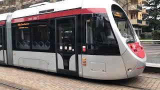 軽快な伊フィレンツェの路面電車 Rete tranviaria di Firenze,Trams in Florence,Italia