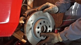Golf 6 Bremsscheiben und Bremsklötze vorne ersestzen